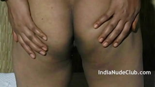 Mature Big Ass Indian MILF Bhabhi Homemade Porn